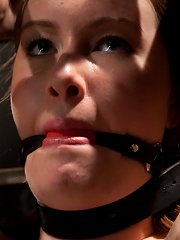 Cumming isnt easy - young redhead learns the ways of Device.